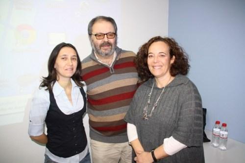 El ponente Javier Barbero con profesionales de la Unidad de Paliativos