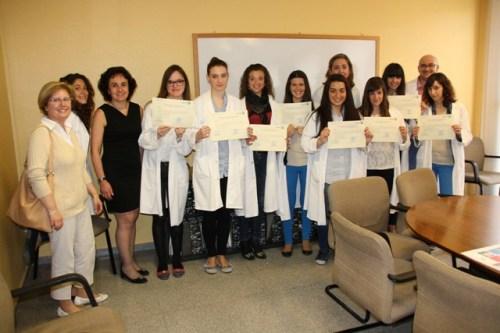 Alumnas FP Dual gestión administrativa con diplomas