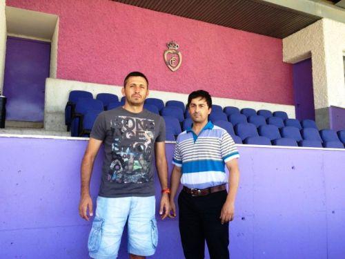 Manuel Herrero, entrenador del Real Jaén con Francisco Manuel Raya, presidente del Gimnástico de Alcázar