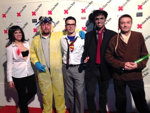 Los miembros de Evasión Cine, organizadores del II CarnavalCine, en el photocall de la fiesta en el New Louvre