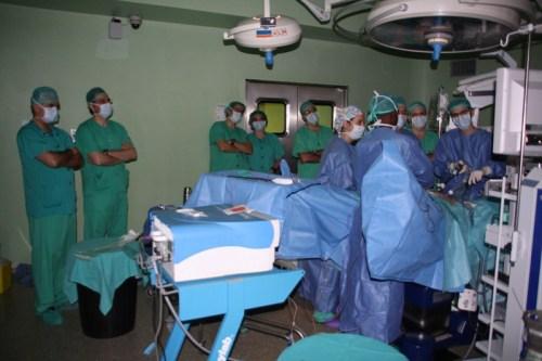 Cirugía en directo cáncer rectal Mancha Centro