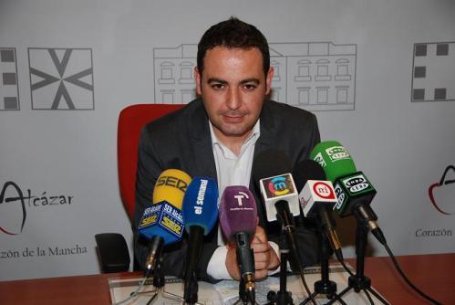 ngel Puente, portavoz del equipo de gobierno municipal alcazareño