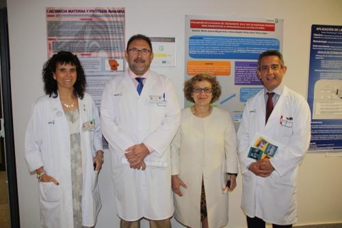 Equipo directivo Hospital con decana facultad Enfermería de Cuenca