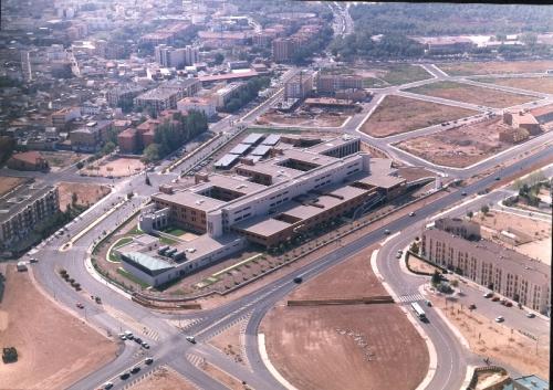 Foto áerea de la época en que comenzó a funcionar el Hospital de Alcázar