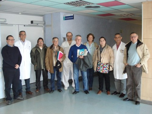Foto de familia representantes de las Asociaciones con Dirección tras la visita