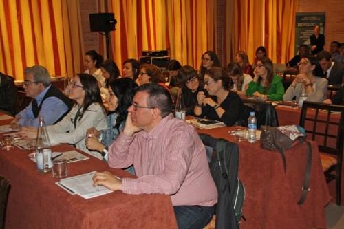 Asistentes al congreso regional durante las ponencias