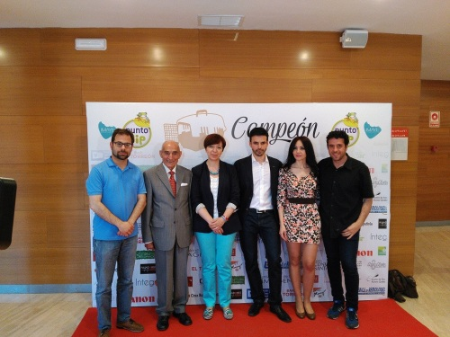 Estreno cortometraje Campeón de Hugo de la Riva y Evasión Cine con las autoridades y actores de reparto (3)