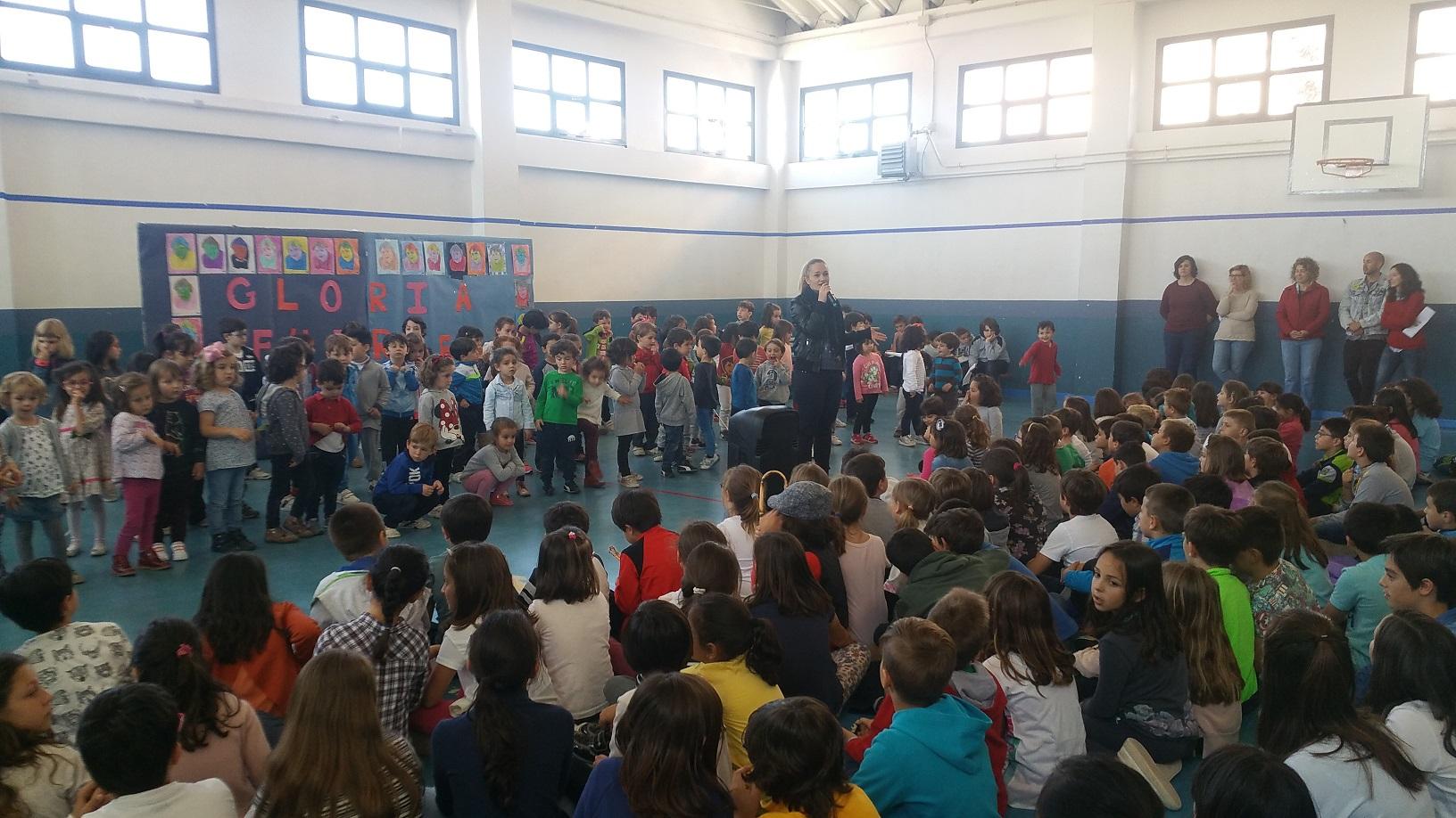 El colegio p blico jard n de arena celebra el d a del for Colegio jardin de africa